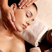 Treatment of the Month: Shiropada at Ayush Wellness Spa