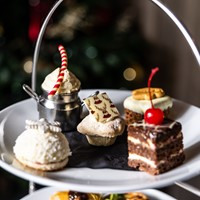 A Festive Afternoon Treat at L'Horizon
